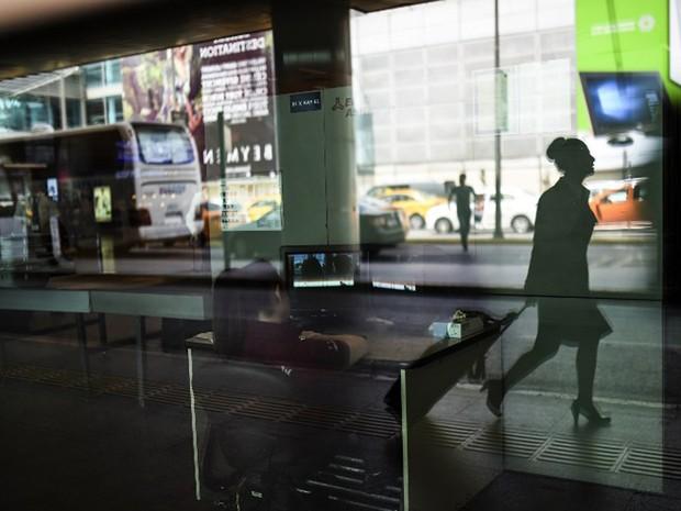 Imagens Raio Aeroporto : G número de mortos em ataque a aeroporto istambul
