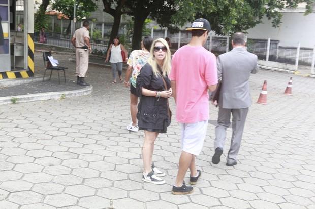 Thiene Silveira quer a paternidade da filha reconhecida por Falcão (Foto: Isac Luz/Ego)
