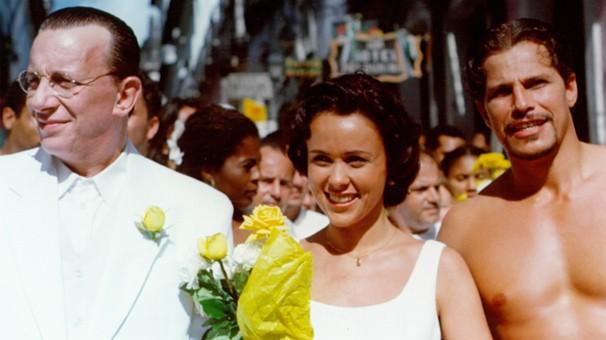 Marco Nanini, Giulia Gam e Edson Celulari em Dona Flor e Seus Dois Maridos, que a Globo exibe nos dias 12 e 14 (Foto: CEDOC Globo)