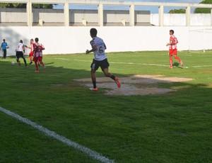 Santa Cruz-PB x Auto Esporte - Buracos Graça (Foto: Amauri Aquino / GloboEsporte.com/pb)