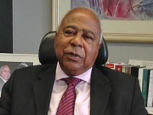 O ministro Carlos Alberto Reis de Paula, em seu gabinete no TST (Foto: Fabiano Costa / G1)