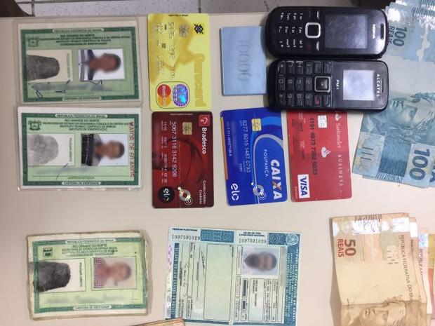 Cartão de crédito foi feito no nome da vítima (Foto: Divulgação/Polícia Civil)