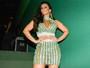 Viviane Araújo veste saia transparente e deixa dúvida sobre uso de lingerie