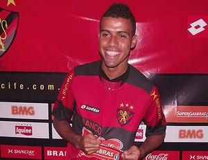 diego torres sport apresentação (Foto: Divulgação / Site oficial do Sport)