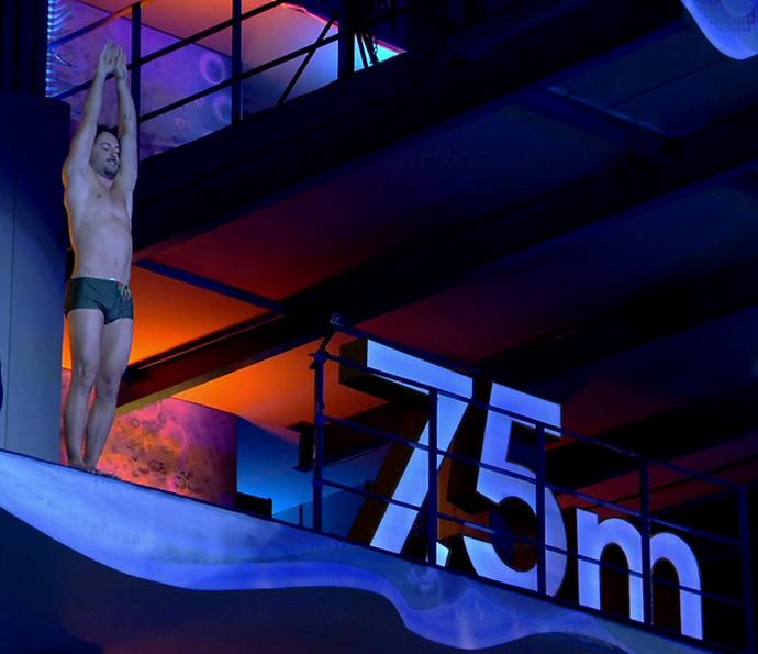 Kayky Brito se prepara para o salto de 7,5m (Foto: Globo)