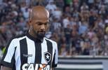 """Rizek vê atitude da torcida com Bruno Silva como """"covardia"""""""