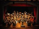 Banda Sinfônica da Fames toca com banda de rock em Vitória