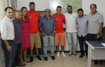 Campeões da Copinha, Sávio e Léo Duarte celebram renovação com o Fla