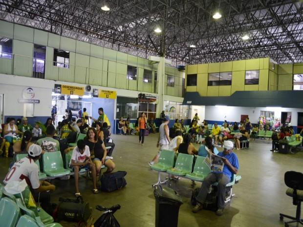 Terminal Rodoviário de Manaus apresenta fluxo normal de passageiros (Foto: Abinoan Santiago/AM)