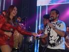 Solange Almeida arrasa com vestido curtinho em show do Aviões do Forró