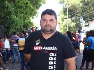 Segundo secretário do Sinte-PI, mudança afeta 400 mil pessoas (Foto: Catarina Costa/G1 PI)
