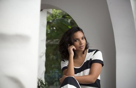 No decorrer da trama, será mostrado que a personagem se tornará mãe da Escrava Isaura Marcia Foletto