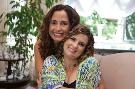 Camila Pitanga e Micaela Góes (Foto: Divulgação)
