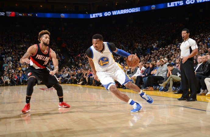 Leandrinho Warriors x Blazers NBA (Foto: Getty)