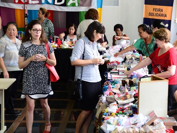 Feira de Economia Solidária comercializa produtos sustentáveis (Foto: Divulgação/Uninter)
