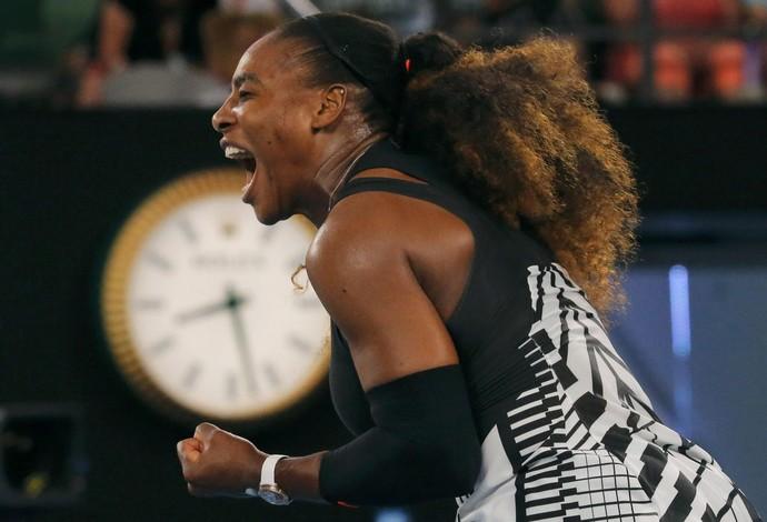 Serena Williams comemora ponto no jogo contra Safarova pelo Aberto da Austrália - tênis (Foto: REUTERS/Jason Reed)