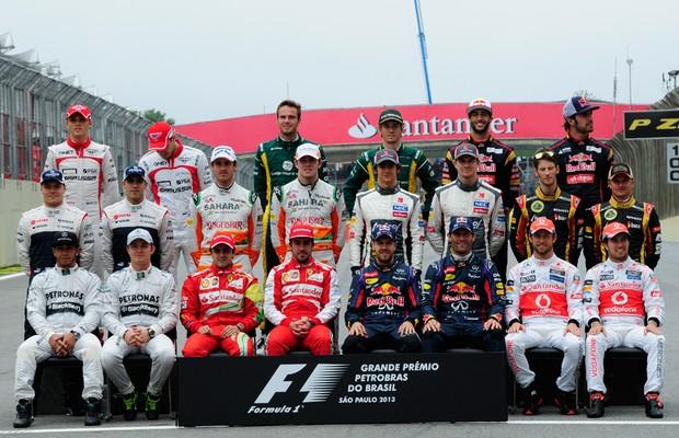 O elenco de 2013 reunido (Foto: Ivan Carneiro)
