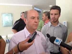 Prefeito de Santa Maria quer abreviar sofrimento das famílias (Foto: Iara Lemos/G1)