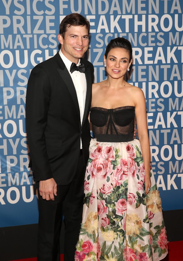 MOUNTAIN VIEW, CA - DECEMBER 03:  Actors Ashton Kutcher (L) and Mila Kunis attend the 2018 Breakthrough Prize at NASA Ames Research Center on December 3, 2017 in Mountain View, California.  (Photo by Jesse Grant/Getty Images) (Foto: Getty Images)