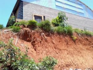 Unidade de ensino localizada na zona rural de Nova Campina (SP) estaria ameaçada. (Foto: Giliardy Freitas / TV TEM)