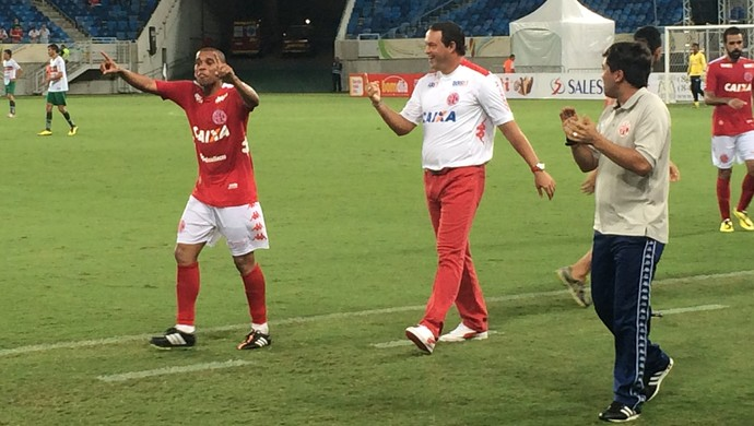 Judson e Roberto Fernandes - América-RN (Foto: Augusto Gomes/GloboEsporte.com)