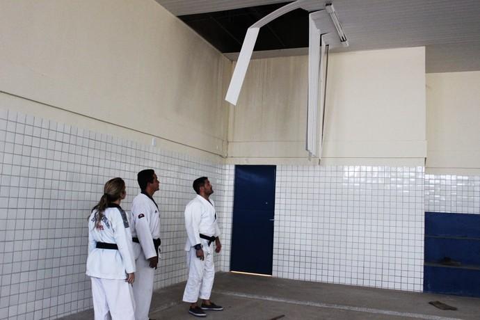 CT Sarah Menezes com obras atrasadas (Foto: Emanuele Madeira/GloboEsporte.com)