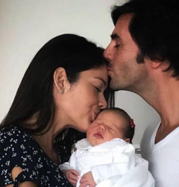 Talula com o marido e a filha (Foto: Reprodução/Instagram)