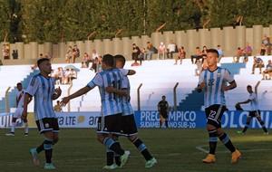 Argentina comemoração sub-20 (Foto: AFP)