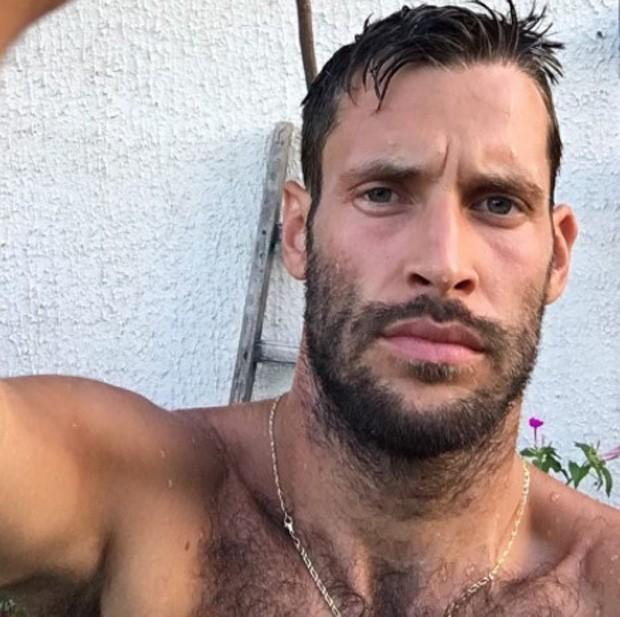 Simon Porte Jacquemus (Foto: Reprodução/Instagram)