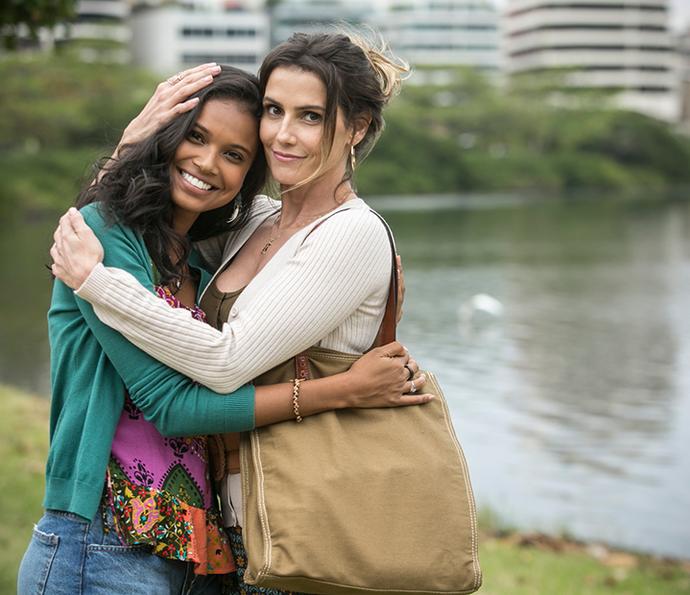 Deborah contracena com Aline Dias, que fará sua primeira protagonista da carreira (Foto: Raphael Dias/Gshow)