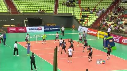 Maringá e Bento Gonçalves se enfrentam pela Superliga de Vôlei