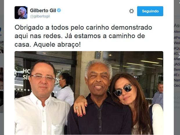 Gilberto Gil posta foto após receber alta (Foto: Reprodução/Twitter/Gilberto Gil)