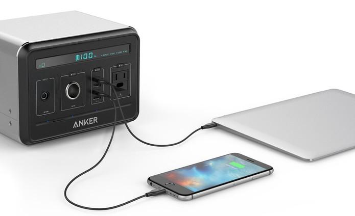 Anker Power Bank pode ser usada para recarregar celulares e tablets (Foto: Divulgação/Anker)