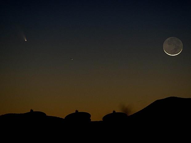 Cometa passa pelo Novo México (Foto: Stan Honda/AFP)