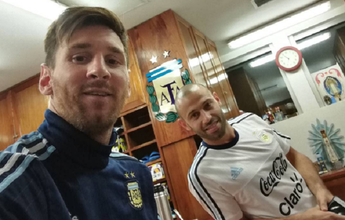 Messi e Mascherano se apresentam  à Argentina para a Copa América