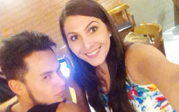 Rafael e Melissa se divertem nos bastidores das gravações (Foto: Arquivo Pessoal)