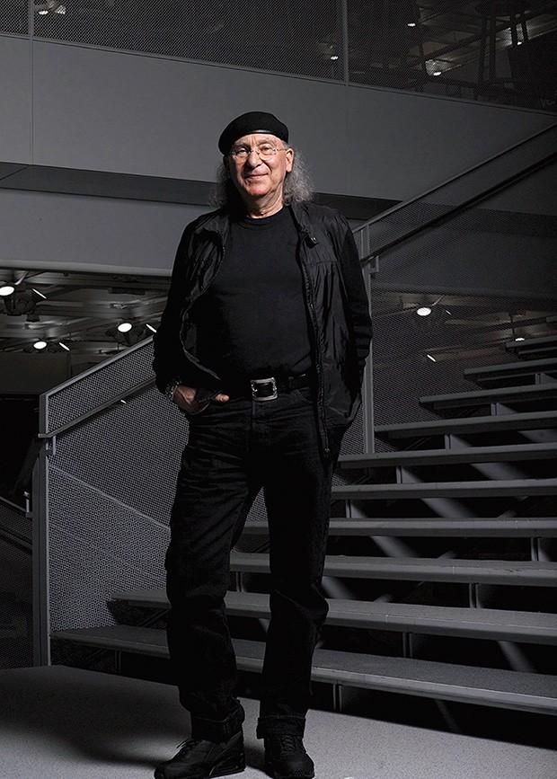 Inspiração;Vida;Cultura;Bob Greenberg;Acervo Greenberg expõe parte de suas coleções em seu escritório, criado para  conectar pessoas  (Foto: Divulgação)