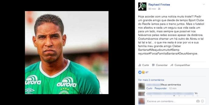Raphael Freitas lamenta acidente Chapecoense (Foto: Reprodução/Instagram)