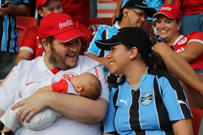 Gre-Nal 404 torcida mista Gauchão Inter e Grêmio Beira-Rio (Foto: Eduardo Moura/GloboEsporte.com)