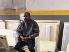Kanye West, loiro, é fotografado pela primeira vez após internação
