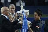 Nishikori derrota espanhol e leva bicampeonato do ATP de Barcelona