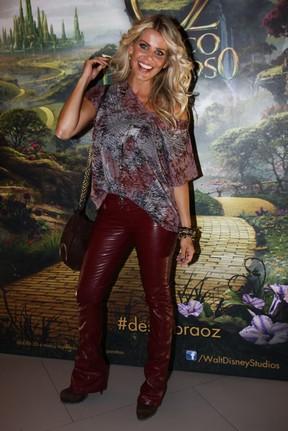 Karina Bacchi em pré-estreia de filme em São Paulo (Foto: Manuela Scarpa/ Foto Rio News)