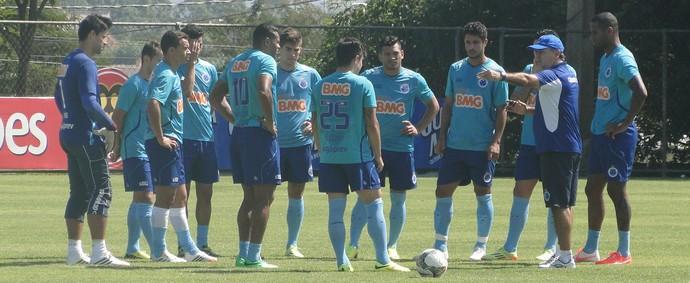 Cruzeiro negocia quinto amistoso  para excursão aos Estados Unidos
