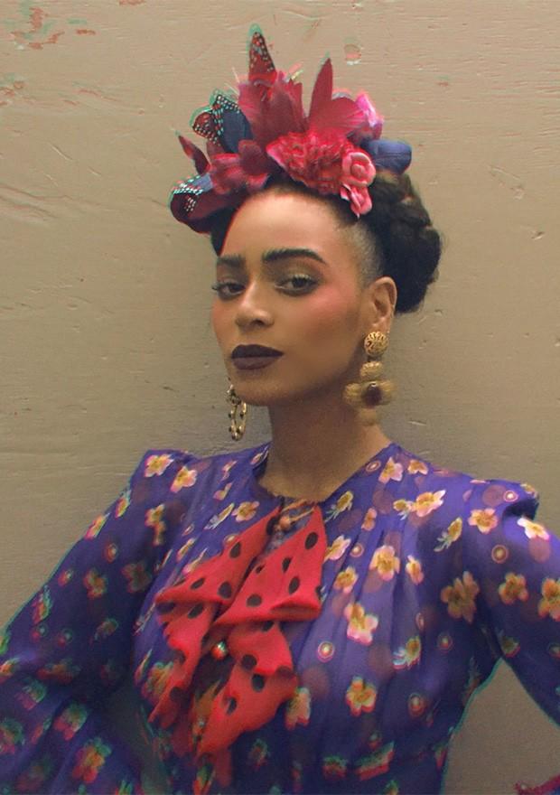 Beyoncé como Frida Khalo (Foto: Divulgação / Beyonce.com)