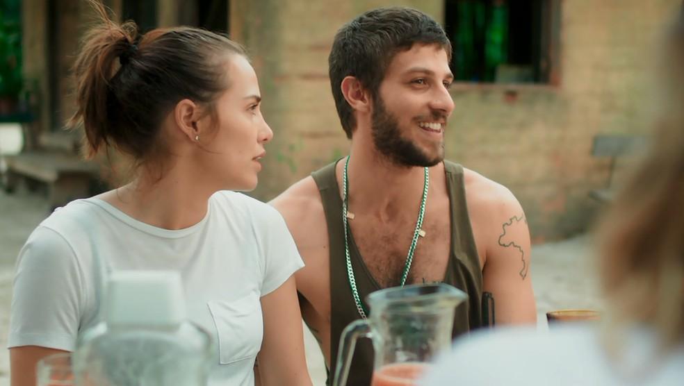 Rosa e Ícaro se desentendem em Boiporã — Foto: TV Globo