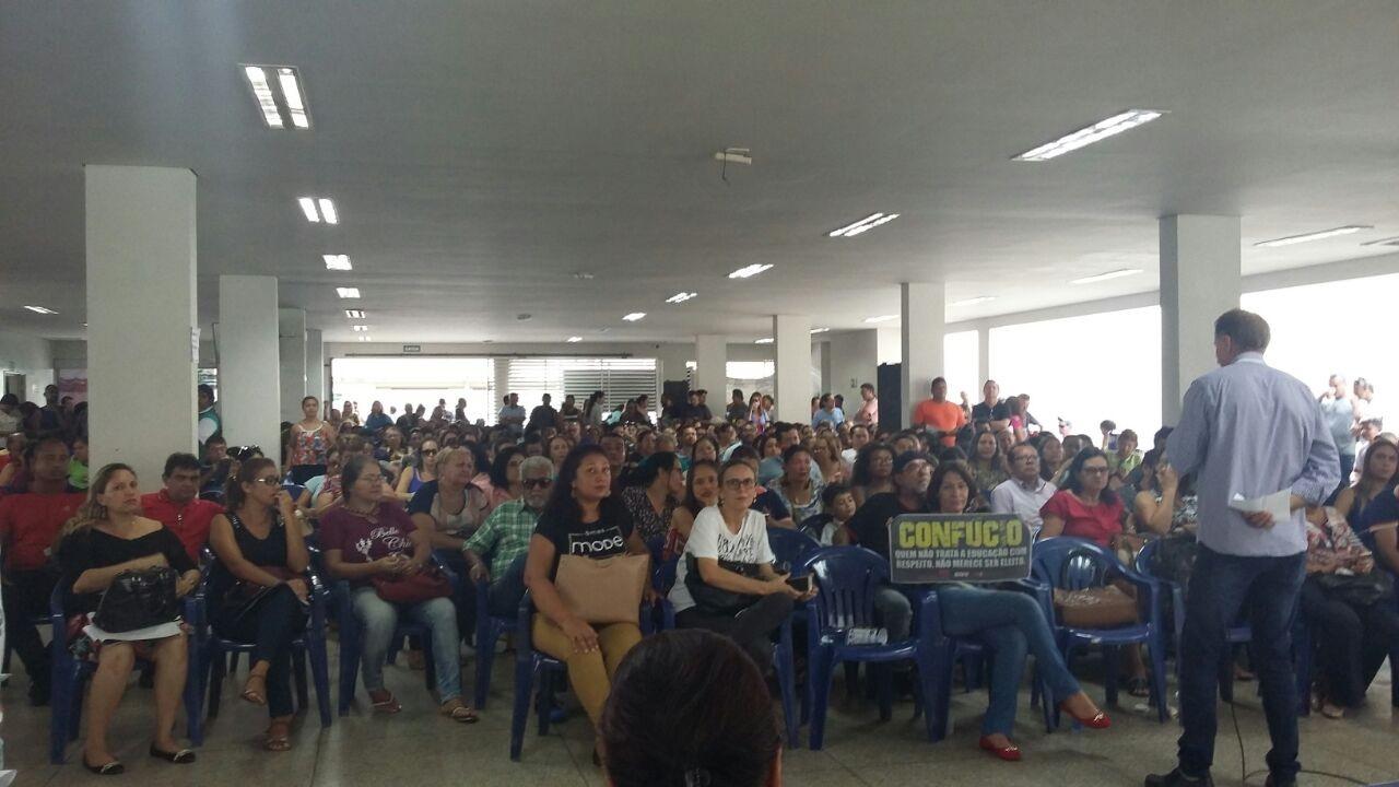 Professores mantêm greve em Rondônia, mesmo com multa de R$ 100 mil por dia