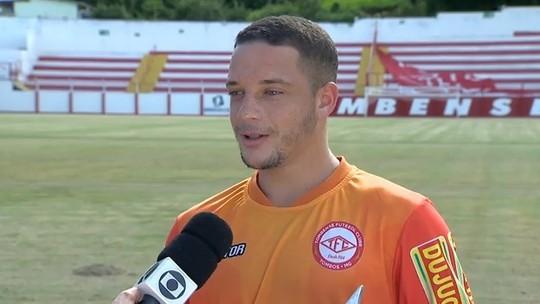De clube novo, autor de gol mais bonito da Copinha recebe troféu do Prêmio Dener
