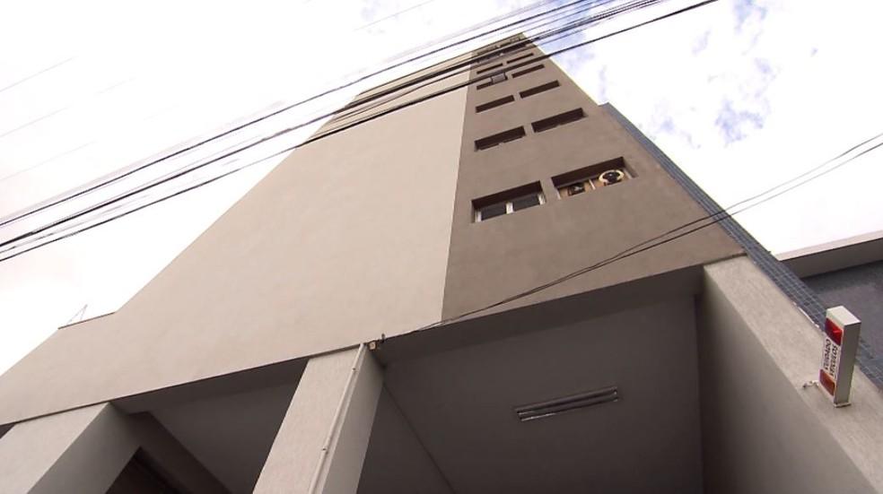 Abalos foram comunicados por moradores de 10 prédios do Centro de São Carlos (Foto: Reprodução/ EPTV)