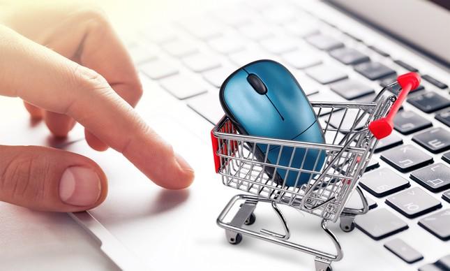 Empresas com e-commerce devem buscar melhorar a jornada de compra da clientela em 2021, orienta professor da FGV