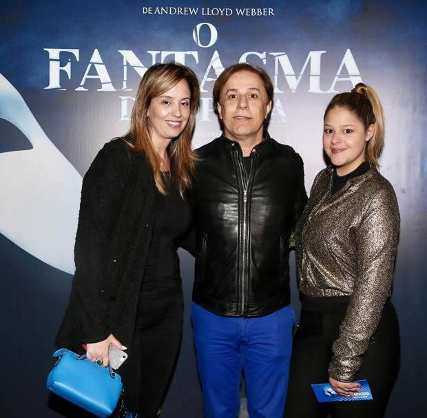 Tom Cavalcante com a mulher, Patrícia, e a filha, Maria Antônia (Foto: Manuela Scarpa/Brazil News)